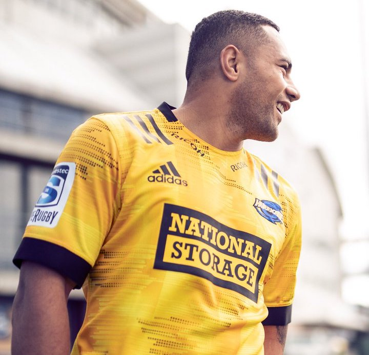 NEWS: Hurricanes reveal 2020 home jersey | Rugby Shirt Watch
